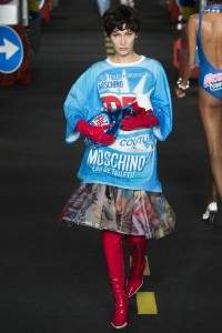 Moschino : collection ready-to-wear Spring-Summer 2016