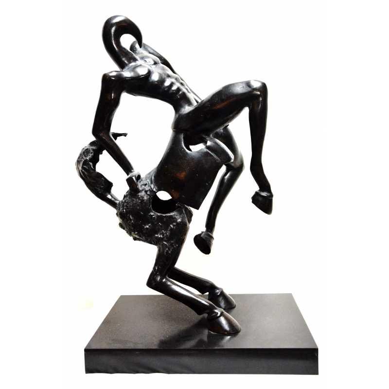 A-la-rencontre-dun-artiste-contemporain-hors-normes-Alain-Added