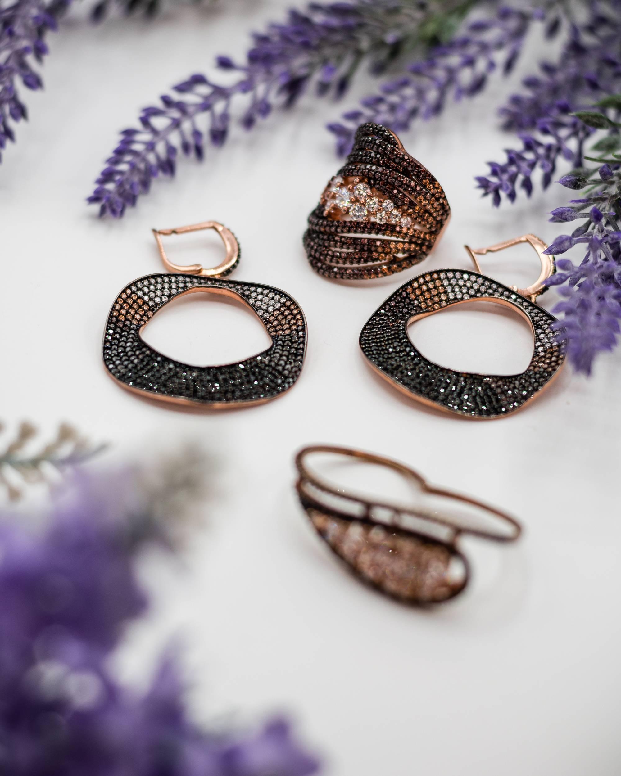 Double-J-Accessories-la-marque-de-bijoux-libanaise-engagee-3-3