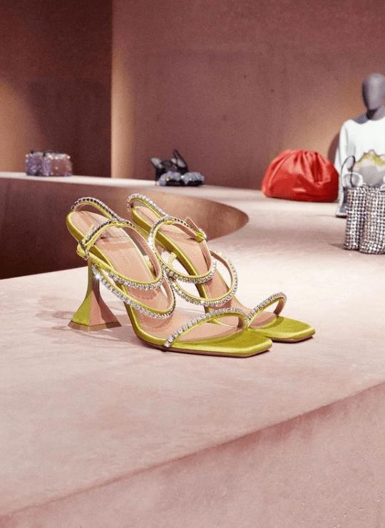 Notre-avis-2021-Les-meilleures-boutiques-e-commerce-de-mode-luxe-pour-femmes-3-1